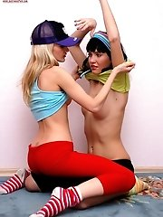 Looks Like These Teen Lesbians Want To Get Undressed So That To Pleasure Each Other So Well