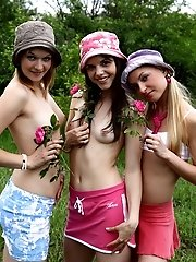 Cute Teen Chicklettes Cannot Keep From Stripping And Posing Naked Outdoors Again.