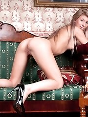 The Beautiful Hottie Like To Show Her Best Side In The Classical American Room Setup. She Perfectly