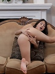 Watch Latina Babe Sammi Bananas Use Her Magic Fingers To Pleasure Her Horny Body And Fill Her Cock C